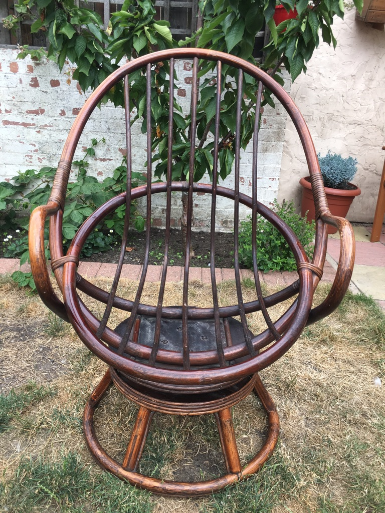 Rattan Wood Swivel Chair with Cushions