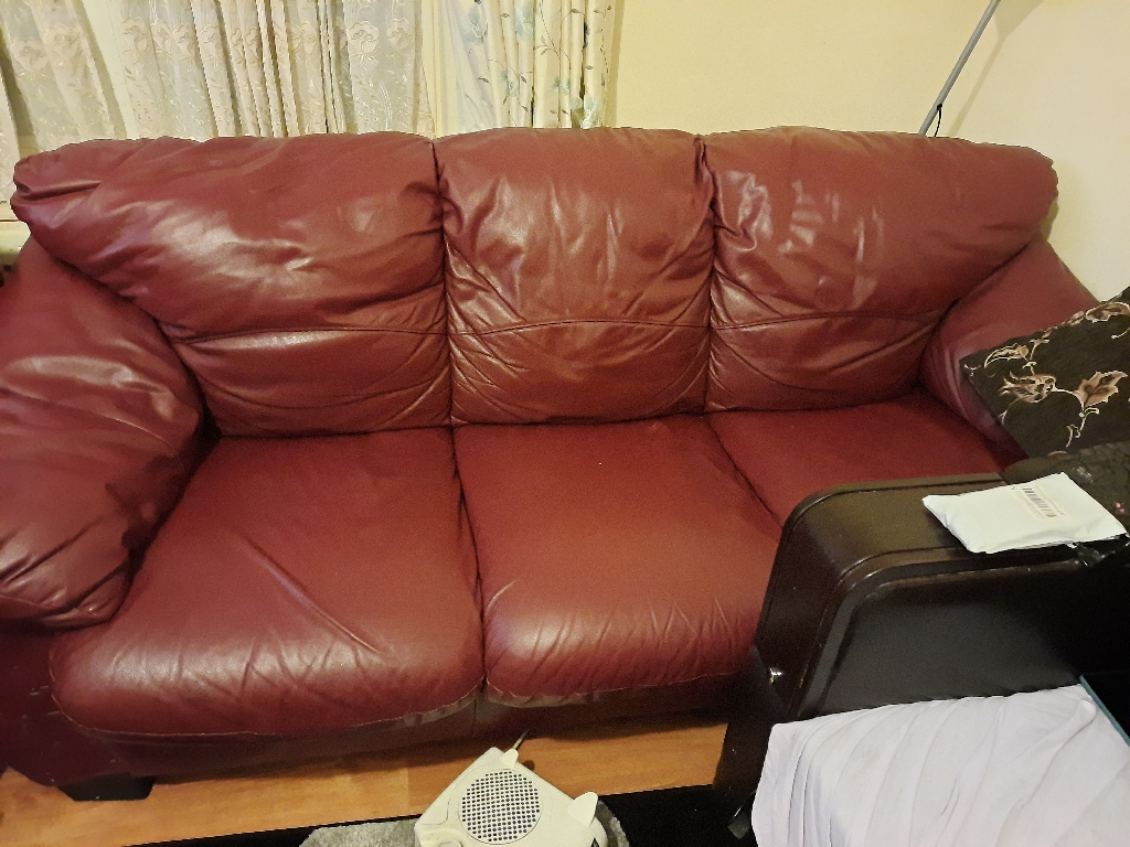 Leather sofa 3 seater and 2 seater