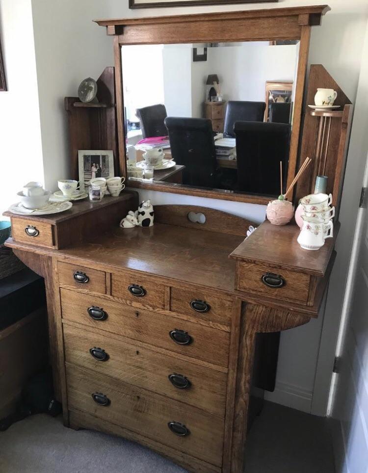 Arts & Crafts Dresser (Patterson Smith & Innes)
