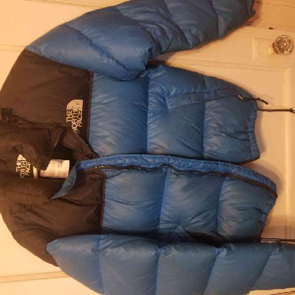 Women's size medium North Face bubble jacket