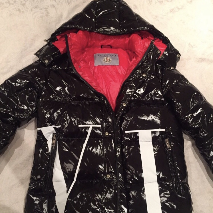 Valentino x Moncler limited edition 2019 jacket new