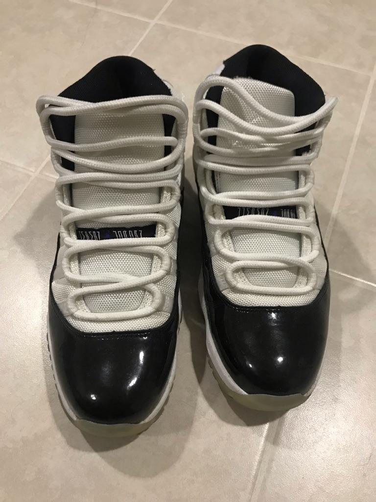 jordan 11 black/white