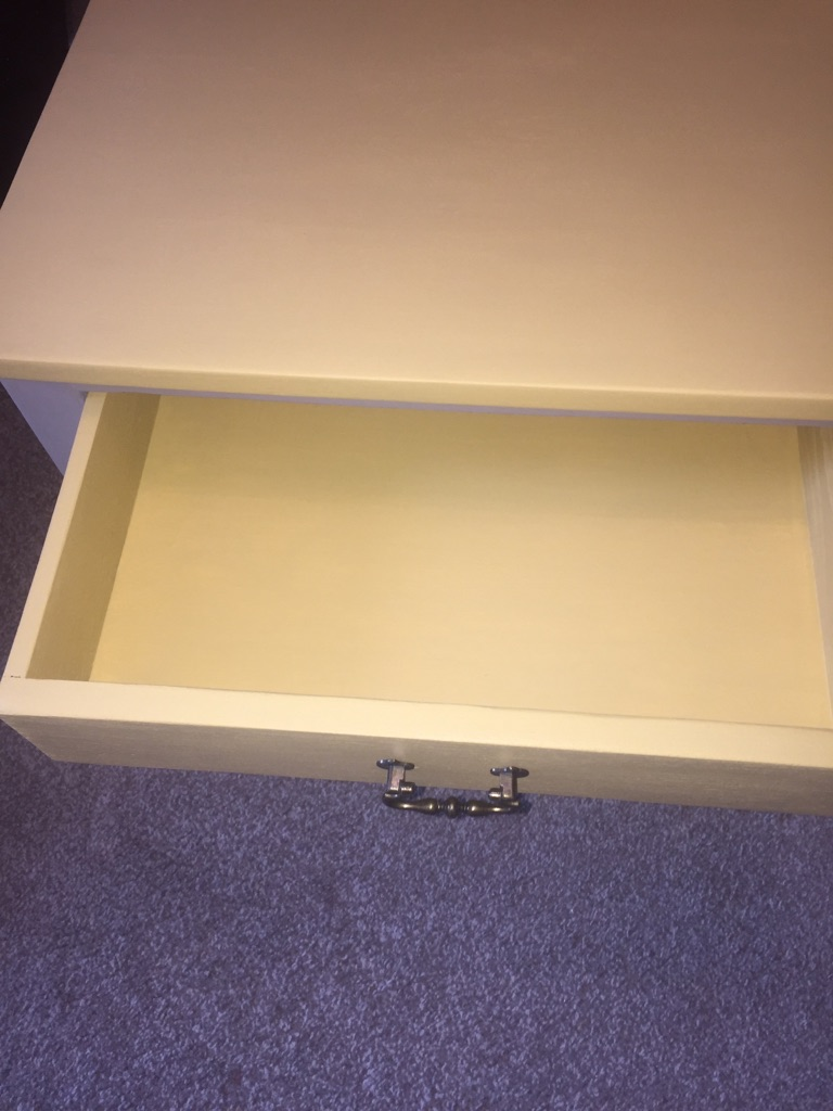 Table with one drawer