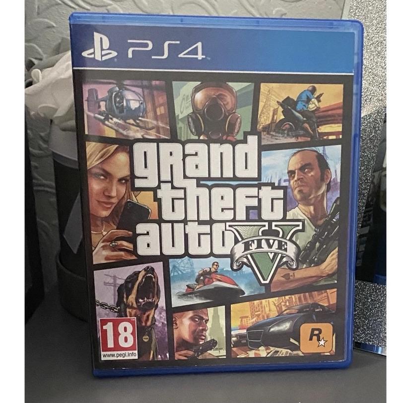 PS4: GTA V
