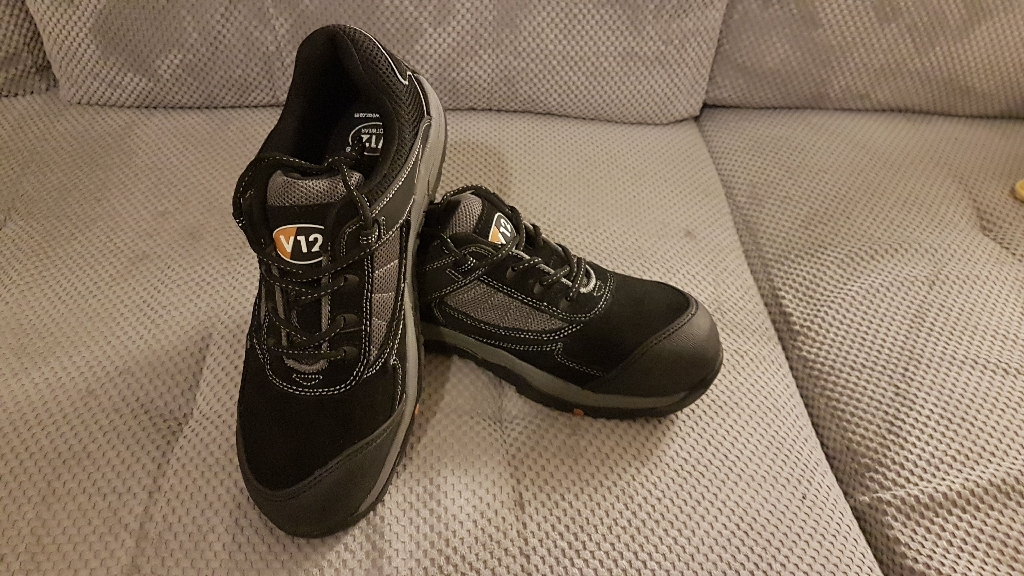 Safety Shoes size 9