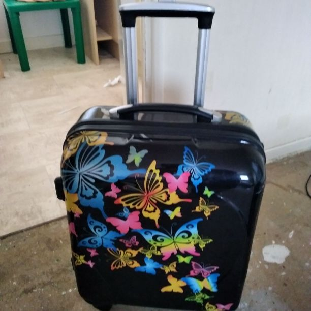 Black butterfly hard suitcase