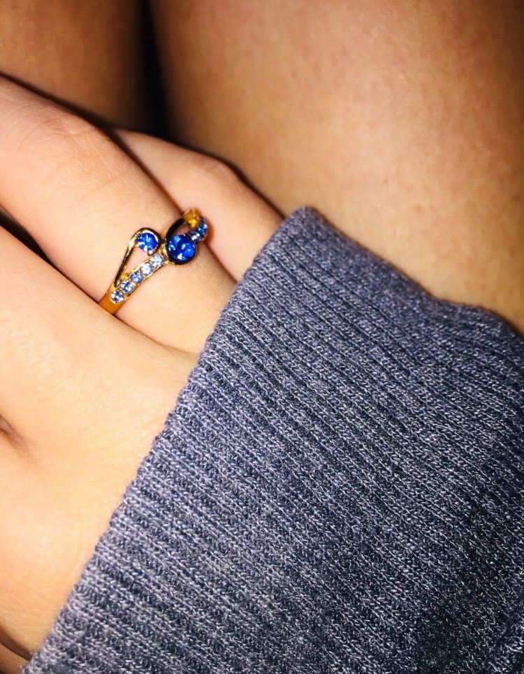 Ladies gold plated blue crystal ring