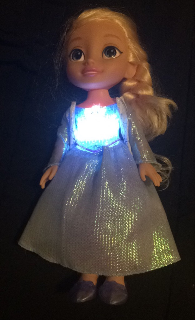 Talking/singing Elsa doll