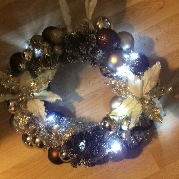 Light up xmas wreath