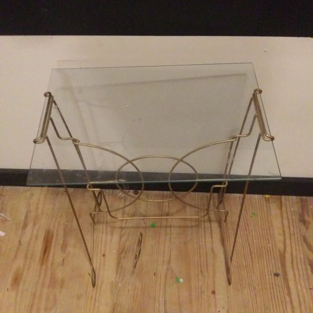 Mini class table