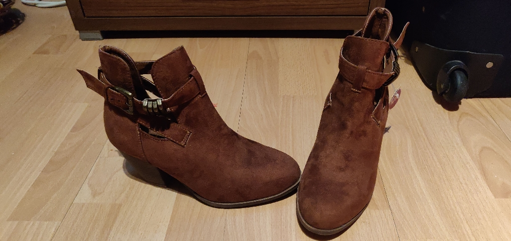 Primark shoes size 5