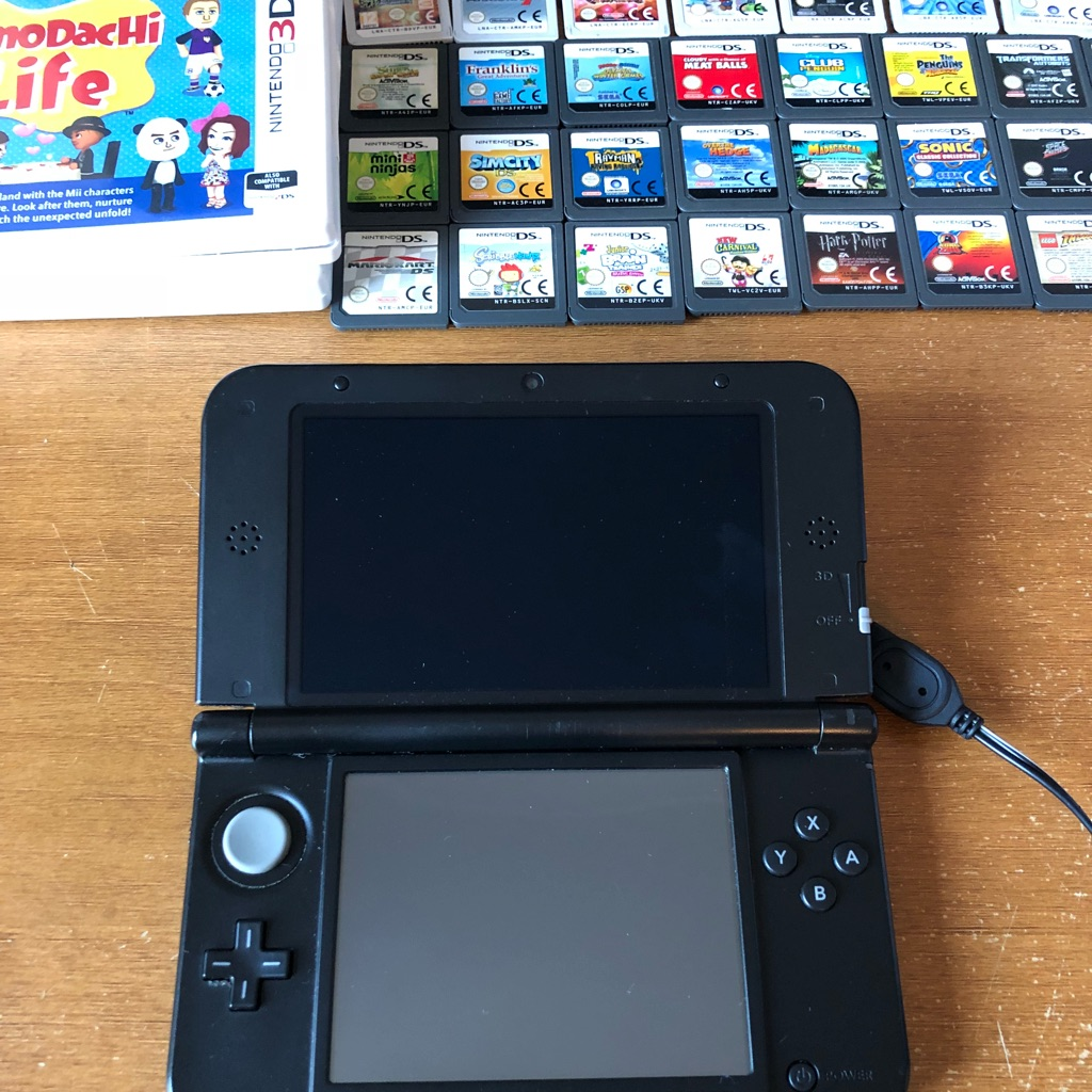 Nintendo 3DS XL Console 34 Games