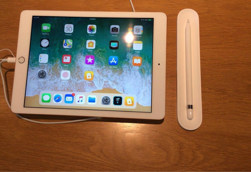 iPad 2 9.7 inch