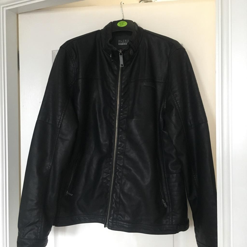 Men's black leather jacket size large