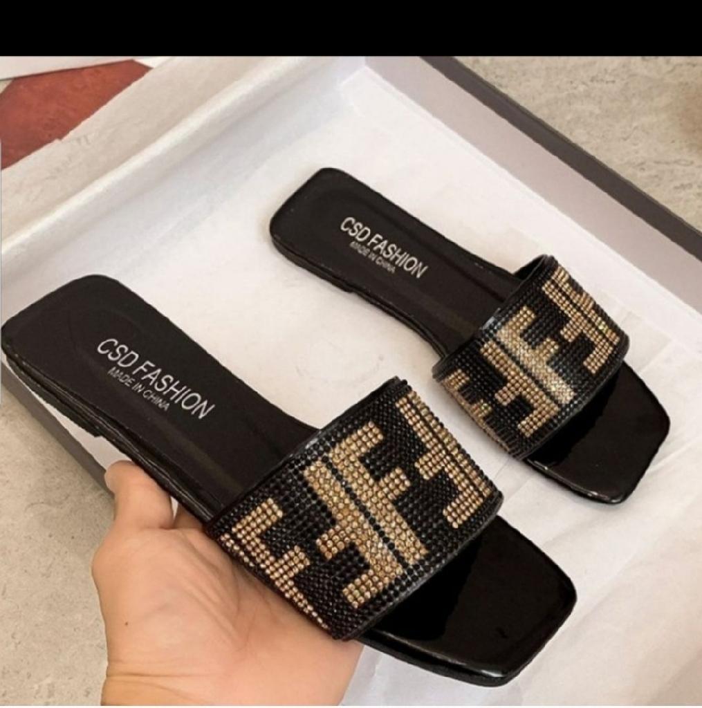 Fashion Women's sandals size 7.5 , 8, 8.5 , 9