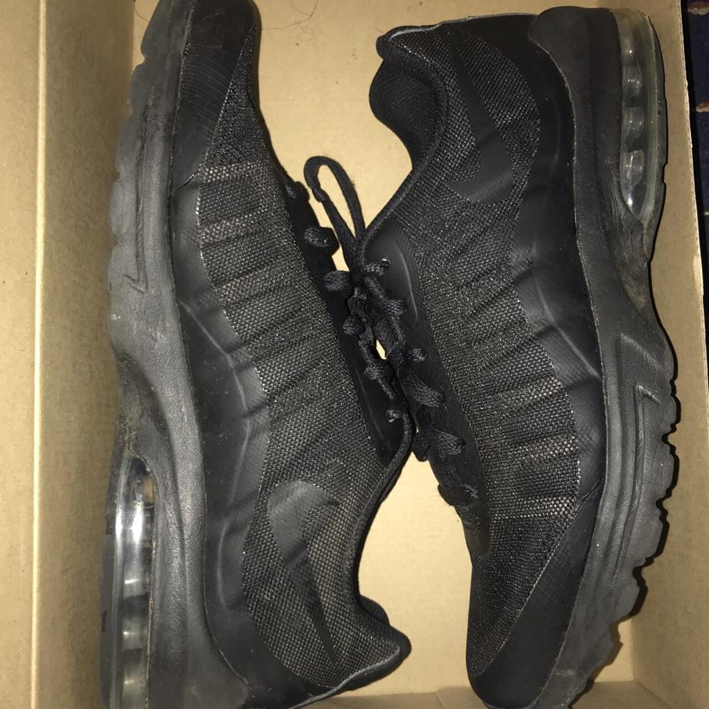 Black invigors size 8