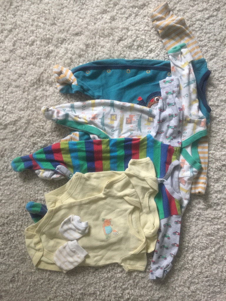 Baby clothes bundle 0-3months