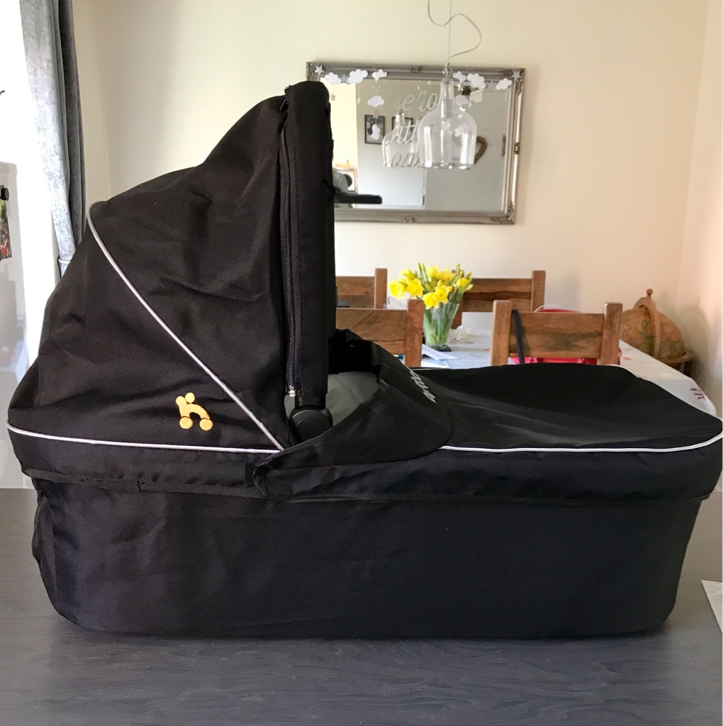 out'n'about Carrycot
