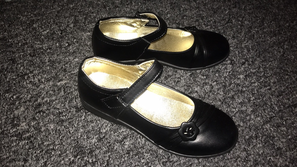 Girl school shoes uk size 5 (38) eu