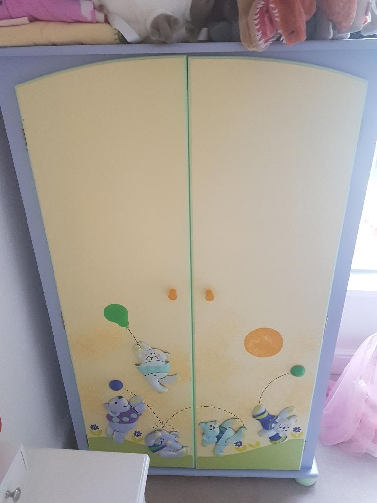 child's wardribe
