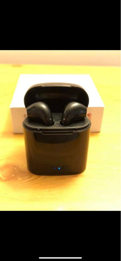 (Brand new) wireless EarPods