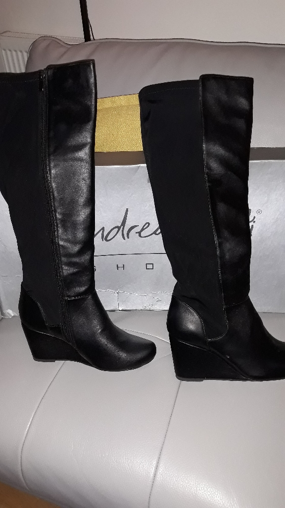 Ladies knee high leather boots 8