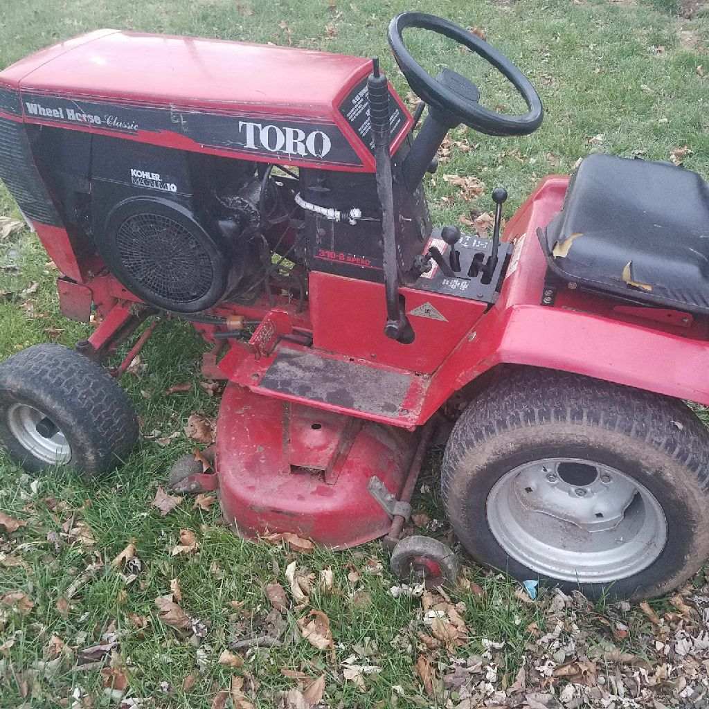 Riding mower Wheel Horse Toro classic