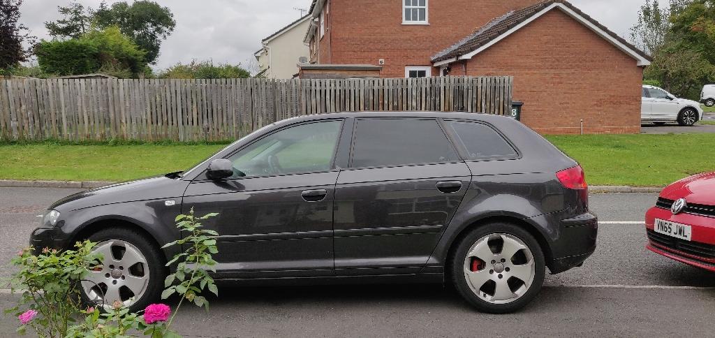 Audi A3 2.0 tfsi panoramic sunroof