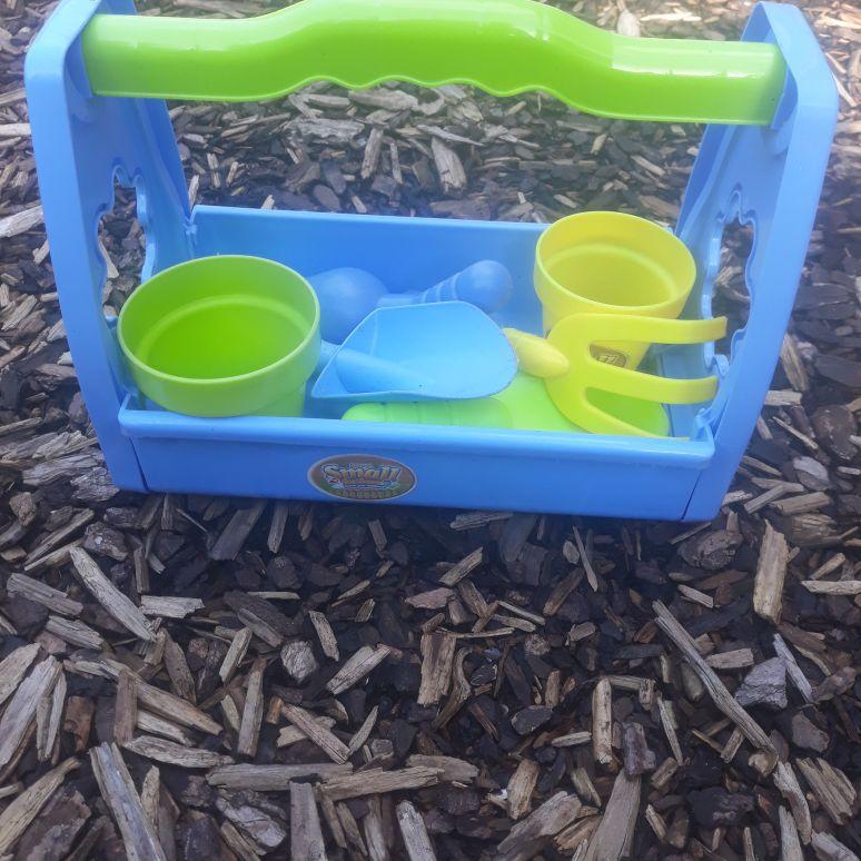 Childrens small gardening set
