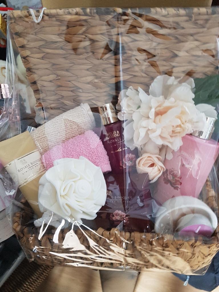 Ladies Gift basket