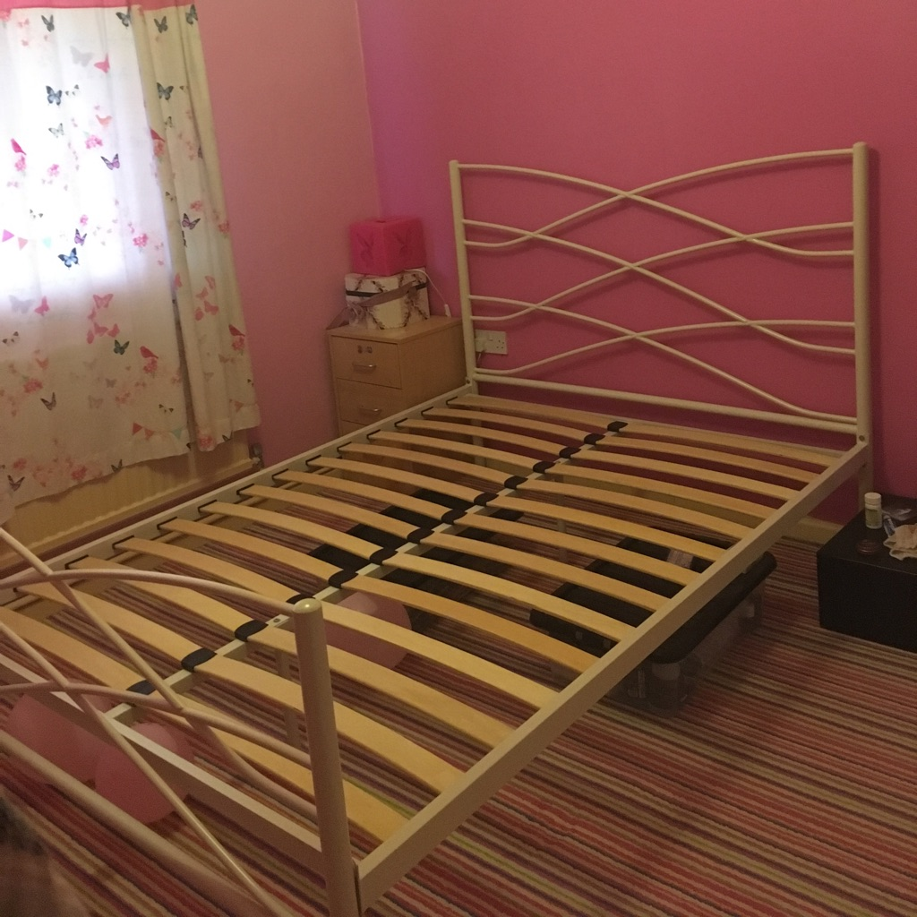 4ft 6 double bed frame