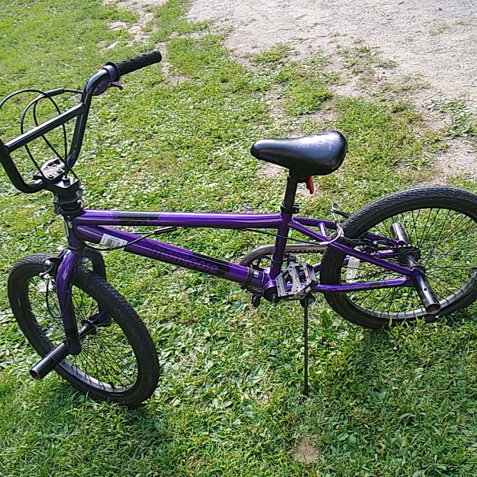 Purple Mongoose BMX bike Barely Used brand new