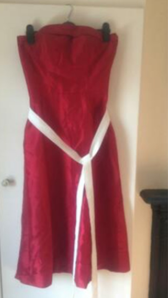 Bridesmaid/prom dress size 10