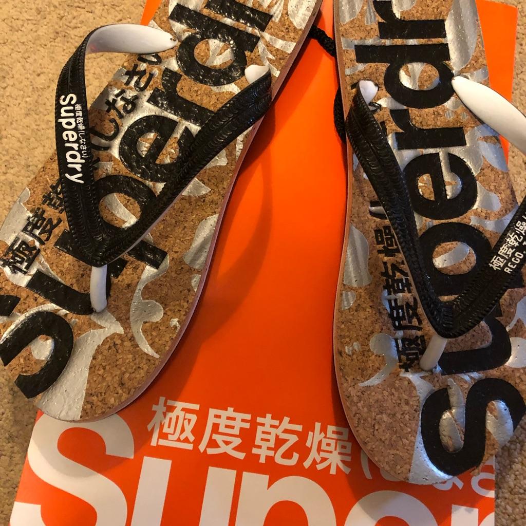 Superdry flip flops size 7/8 New