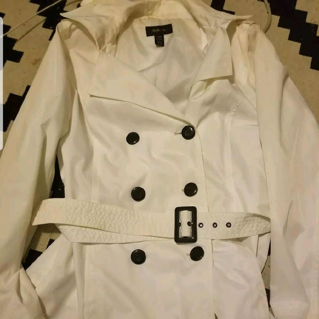 Women's White peacoat size Large