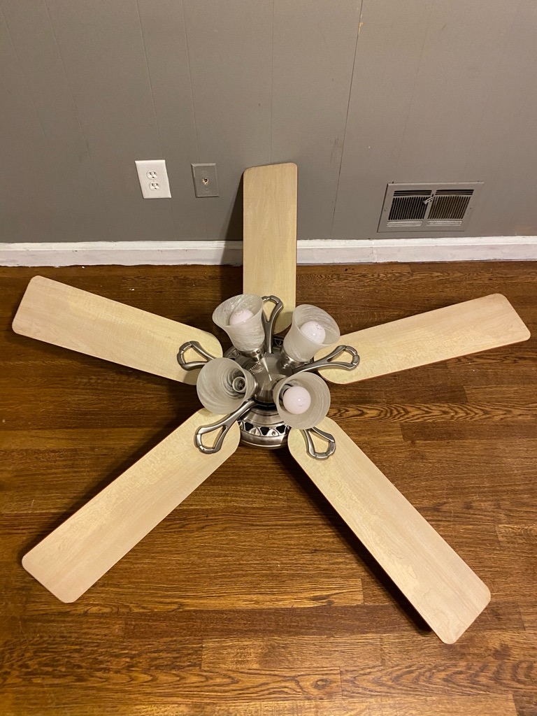 Hunters ceiling fan (I install I'm an electrician FYI