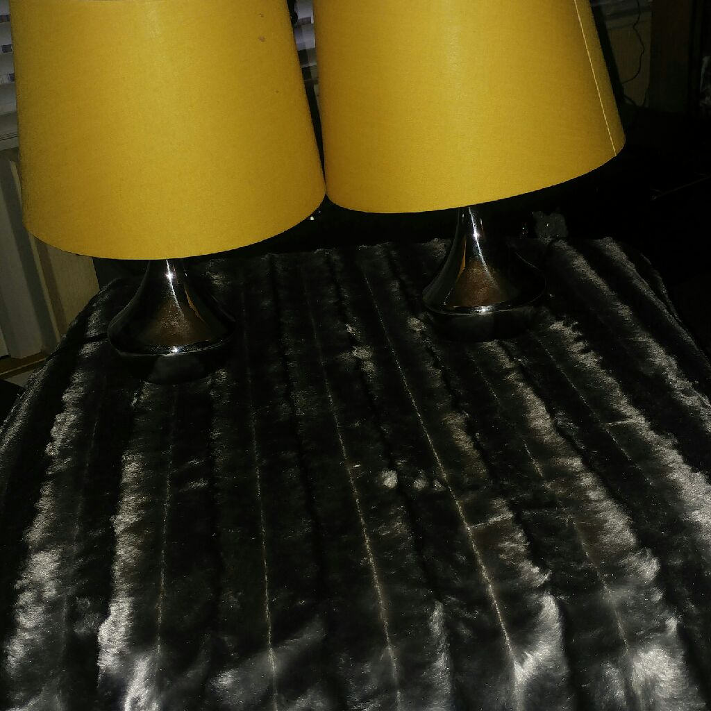 Pair of touch lamps with mustard shades