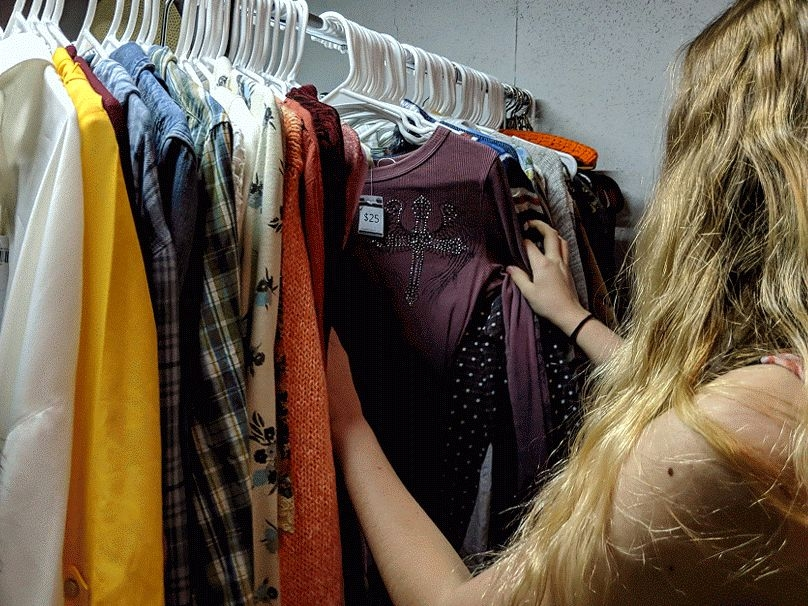 100s of New & Preloved Clothes to Choose From!