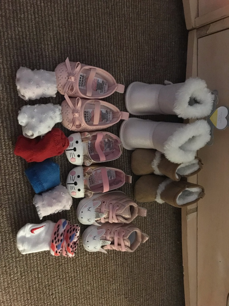 Baby 0-3 months (I accept offers ) is not all things what I want to sell because I cannot update more pictures