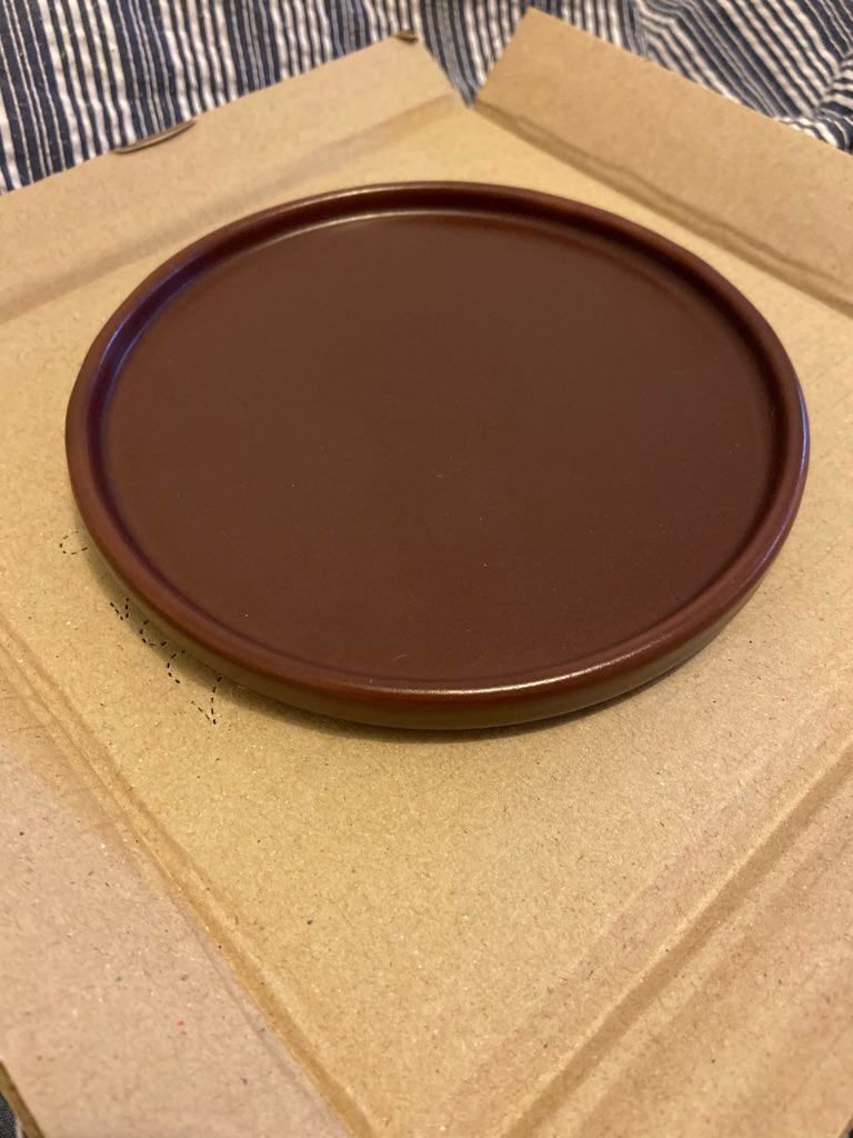 30x Red Ruby side plates 15cm