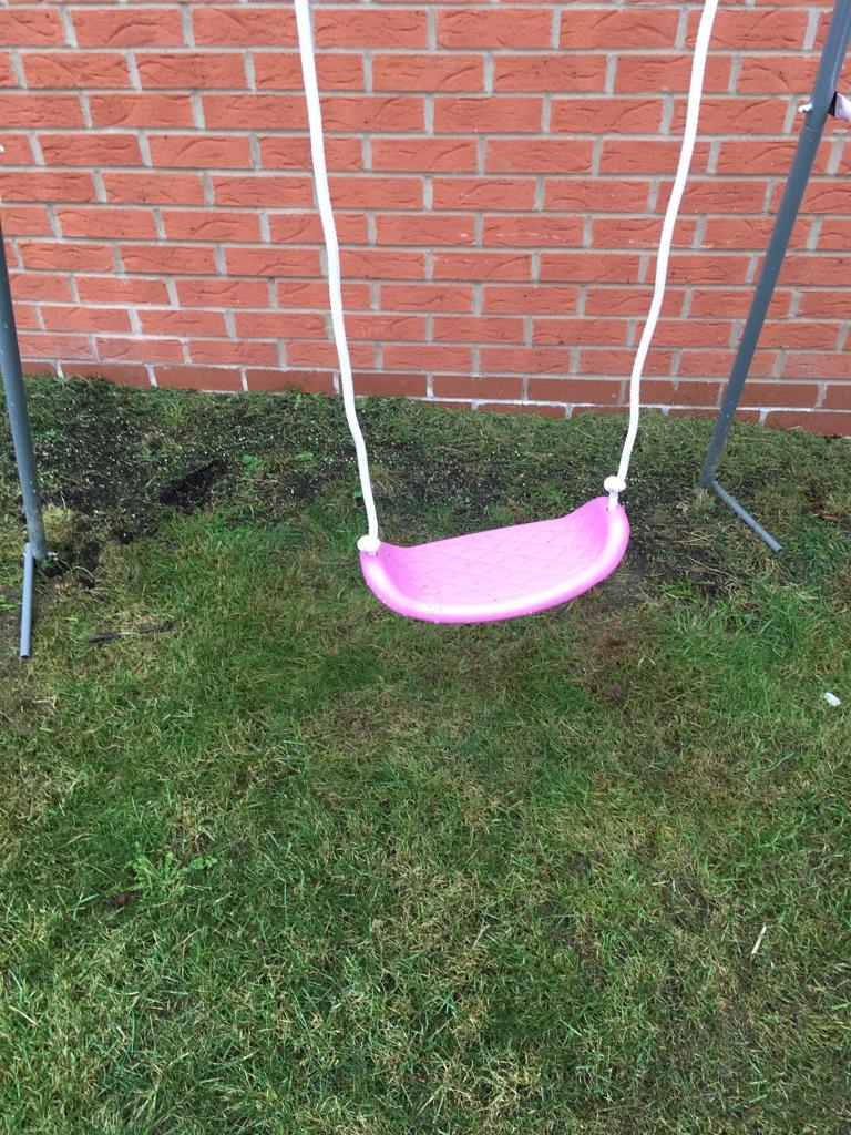 Swingset used three times