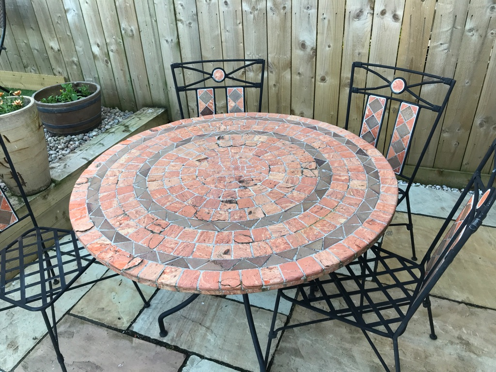 Mosaic table & 4 chairs
