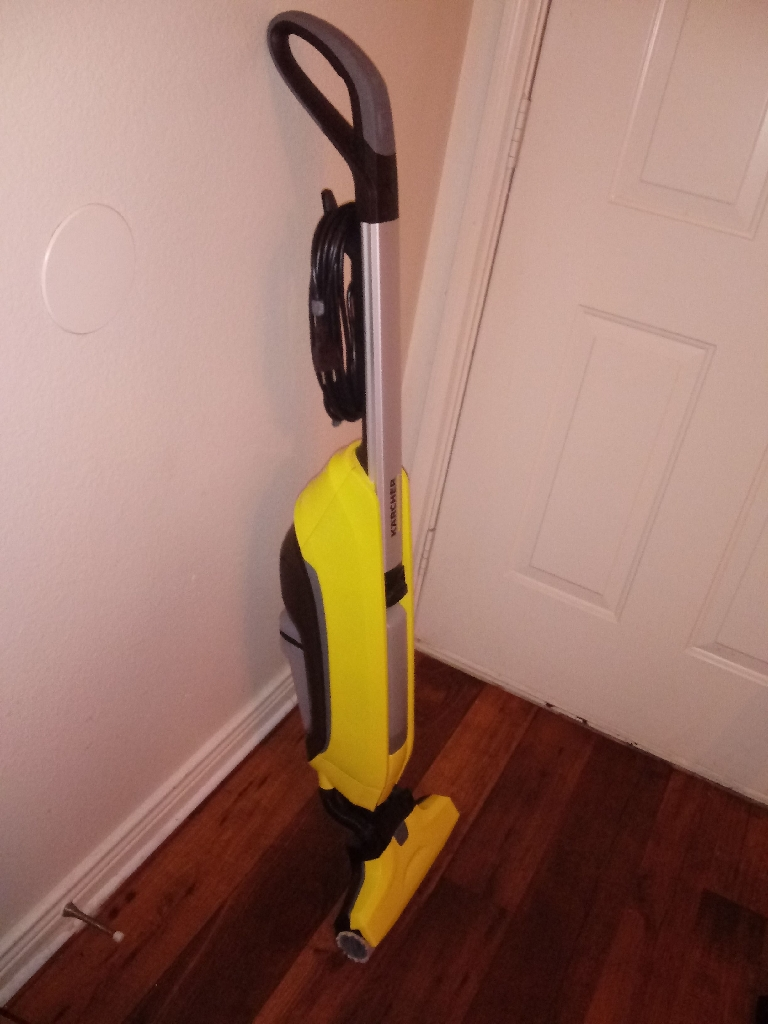Kracher Shampooer $60 obo used With Bottom Stand