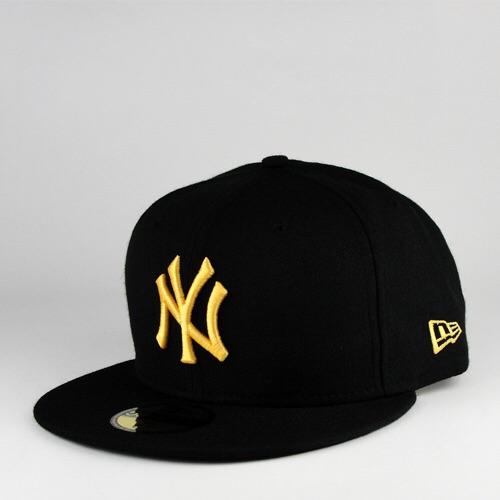 New Era MLB Black Base New York Yankees Cap