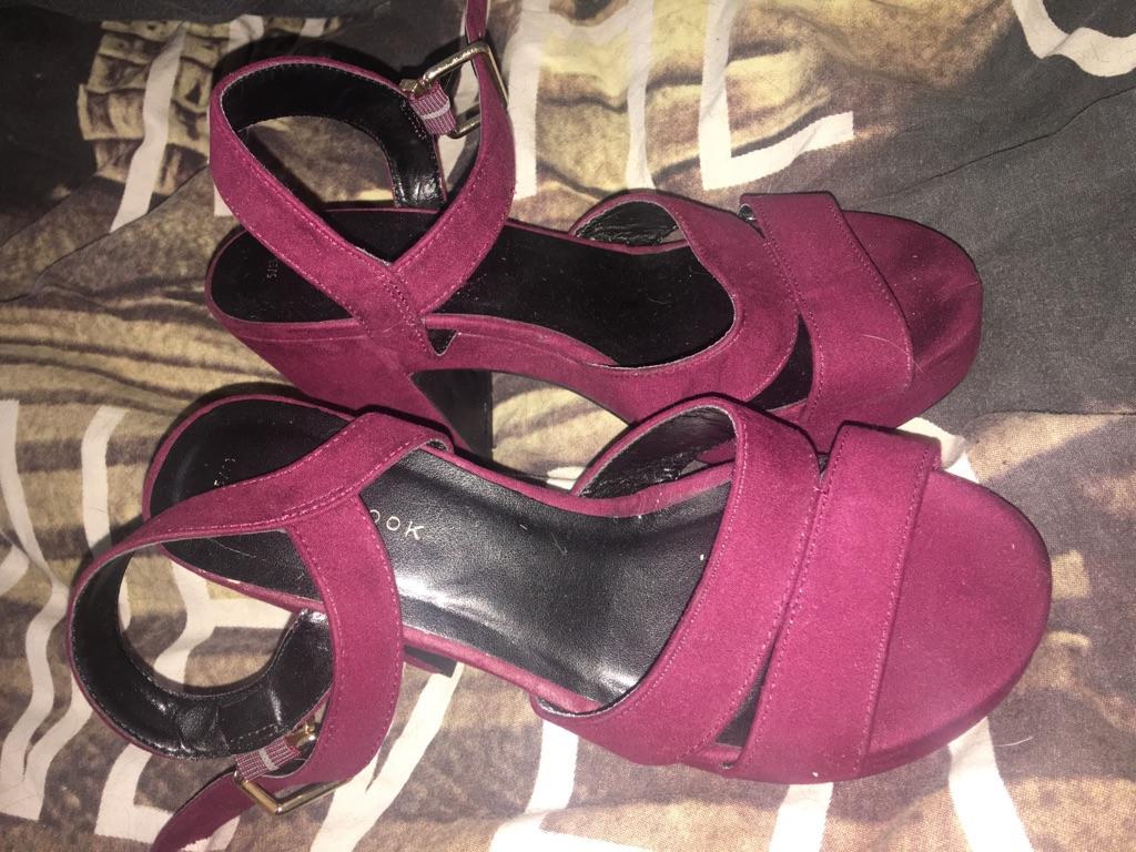 New look burgundy heels
