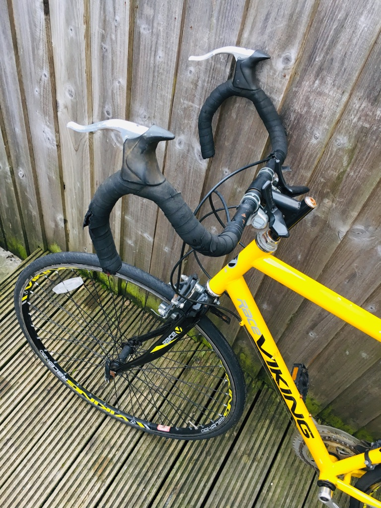 Viking race road bike good condition