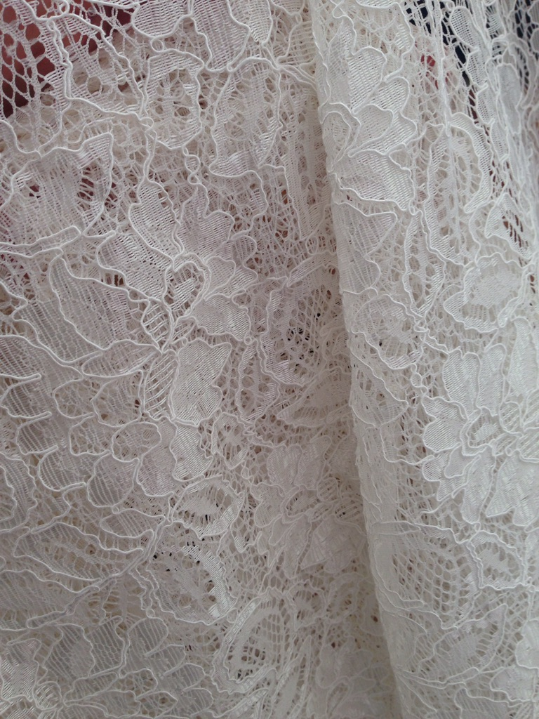 Corded bridal lace - 4m