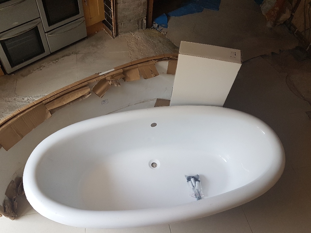 Orion free standing bath