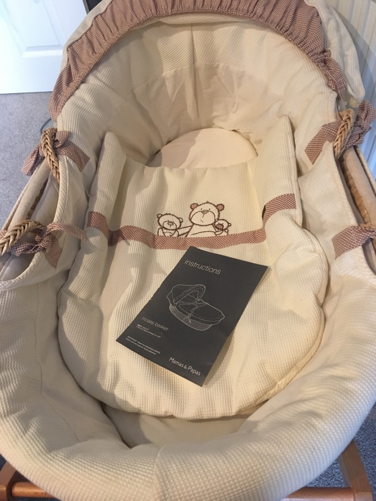 Mamas & Papas Moses basket and stand
