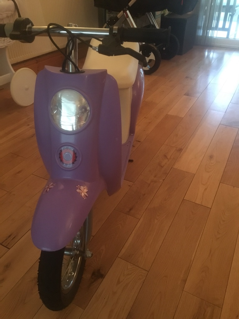 Girls razor scooter